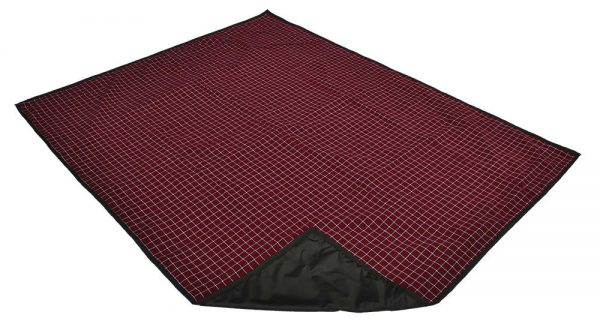 maroon_and_white_picnic_blanket_with_carry_handle_2