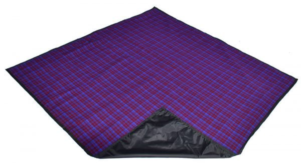 maroon_blue_picnic_blanket_with_carry_bag_2