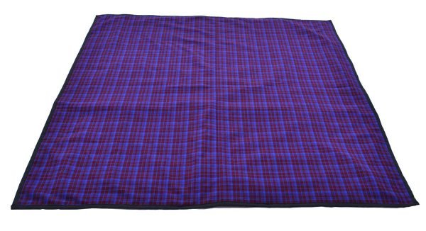 maroon_blue_picnic_blanket_with_carry_bag_3