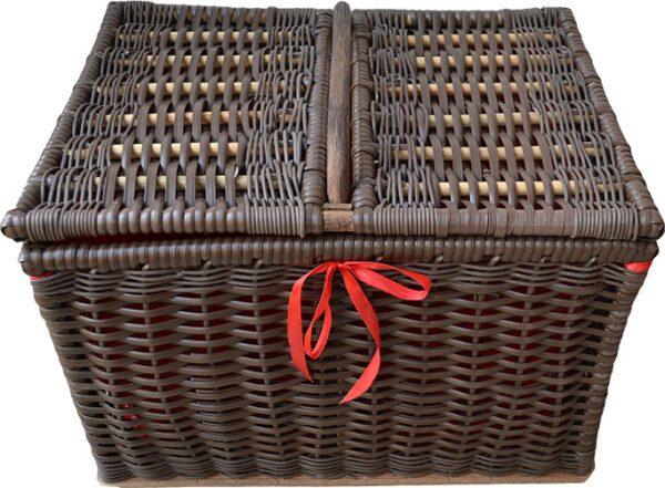sugar_cane_picnic_basket_red_lining