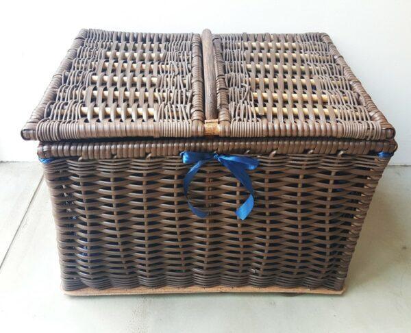 sugar_plastic_cane_picnic_basket3