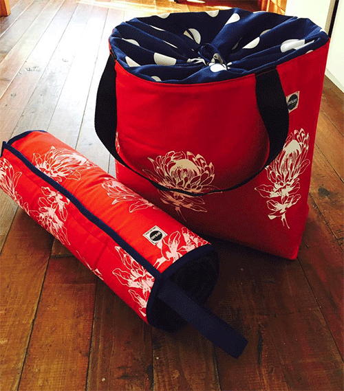 red_protea_picnic_blanket_bag_combo
