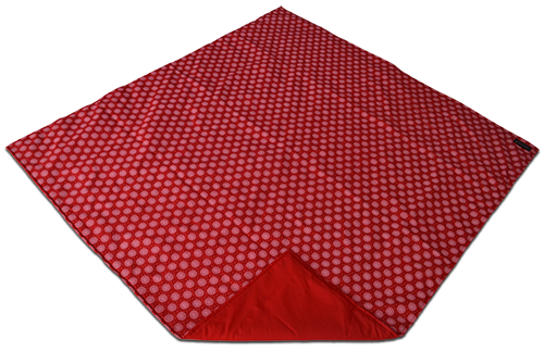 red_shweshwe_padded_picnic_blanket