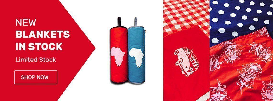 Waterproof picnic blankets