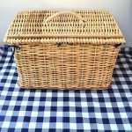 wicker_picnic_basket_lined_with_blanket